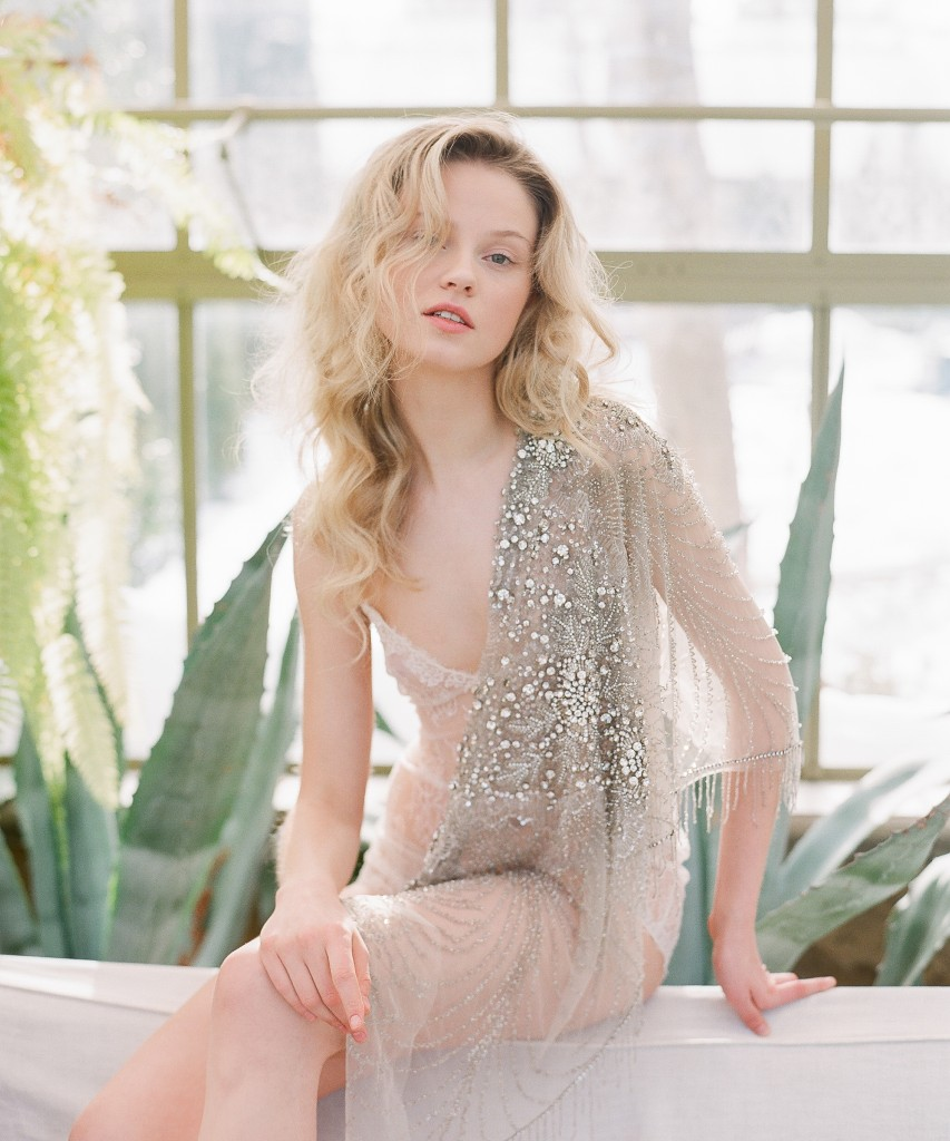 Botanical inspired bridal editorial - Flutter Magazine feature