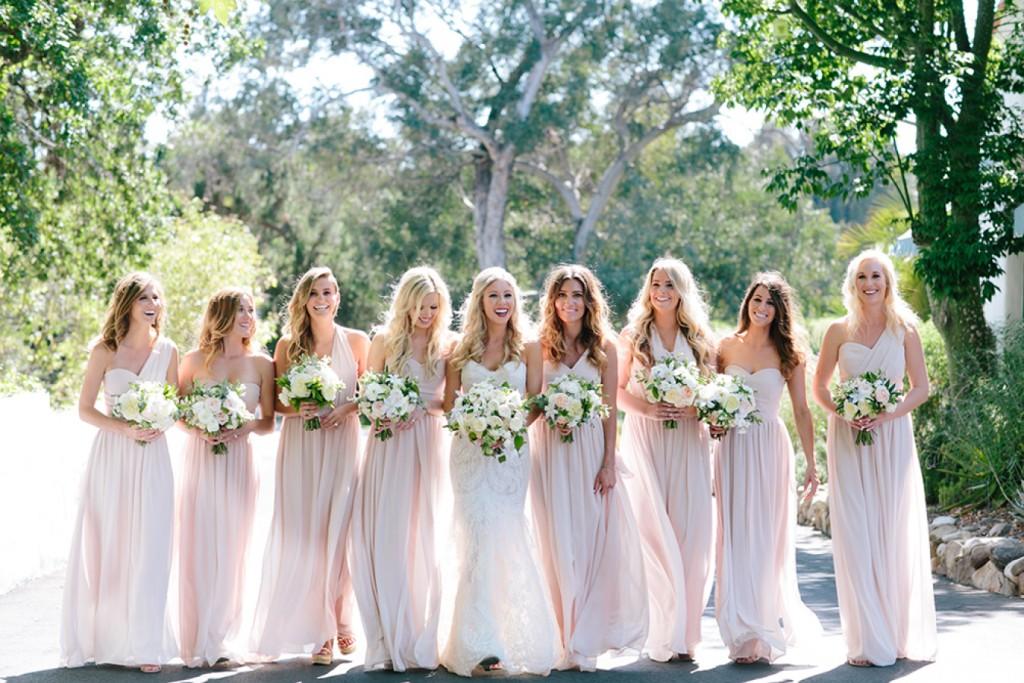 Al fresco Ojai, California wedding featured on Style Me Pretty