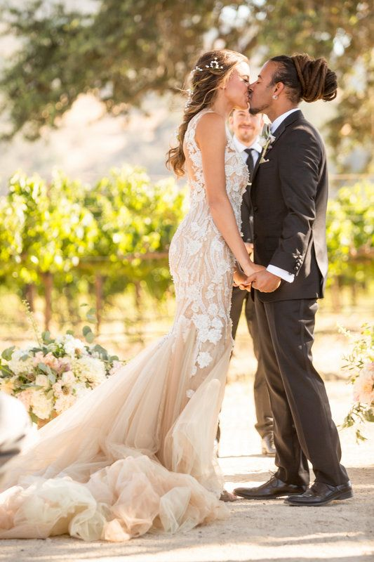 Chris and Tenny's vineyard wedding by Mike and Rachel Larson Photography